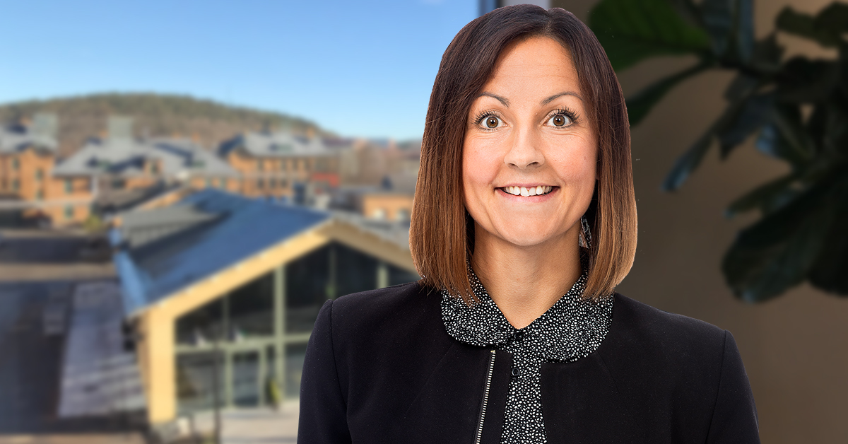 Högre månadslön eller lönetillägg – vilket ska du ge? Mirja Lenes, löneexpert hos Tholin & Larsson, beskriver de två alternativen för löneökning.