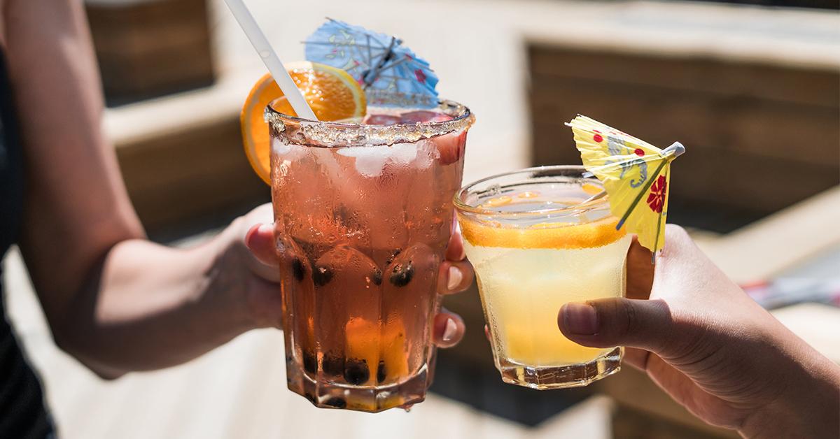 VARNINGSSIGNAL? Som arbetsgivare är det viktigt att agera direkt om du misstänker att en medarbetare har alkoholmissbruk.