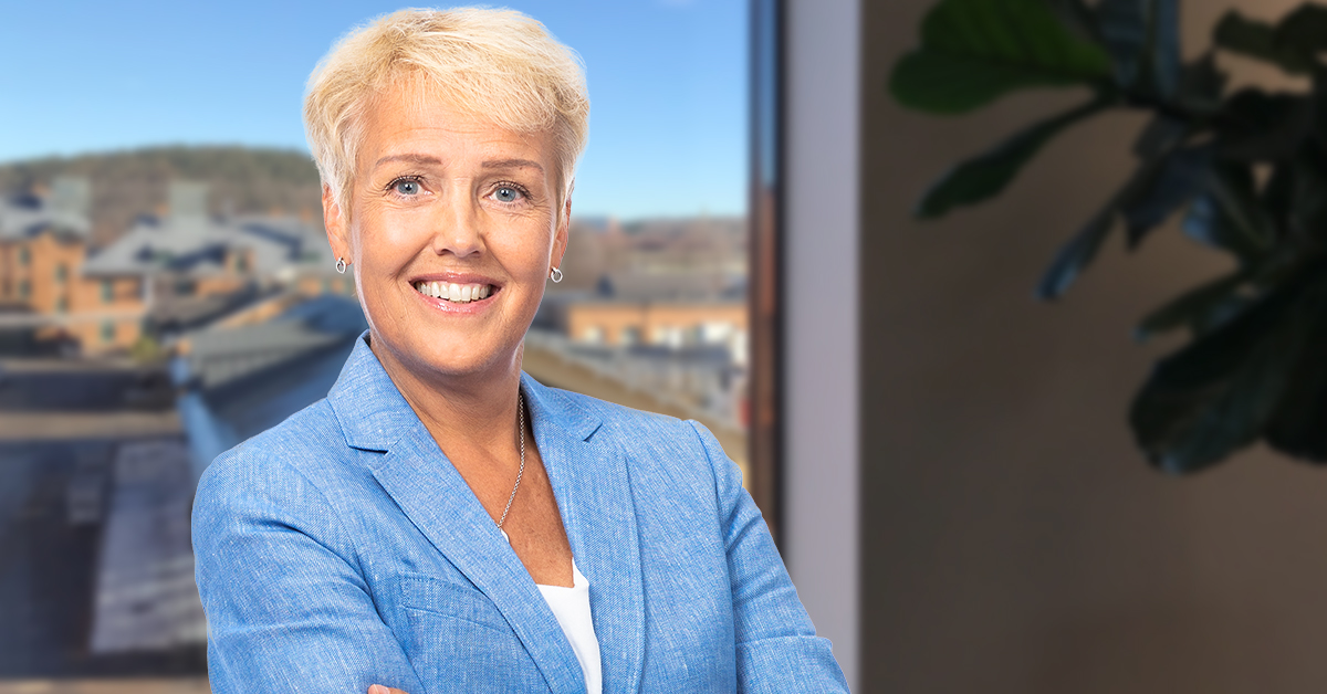 Frågorna om de tillfälligt sänkta arbetsgivaravgifterna är många. Ingrid Langkilde, skatteexpert på Simployer, ger svar på några av de vanligaste.